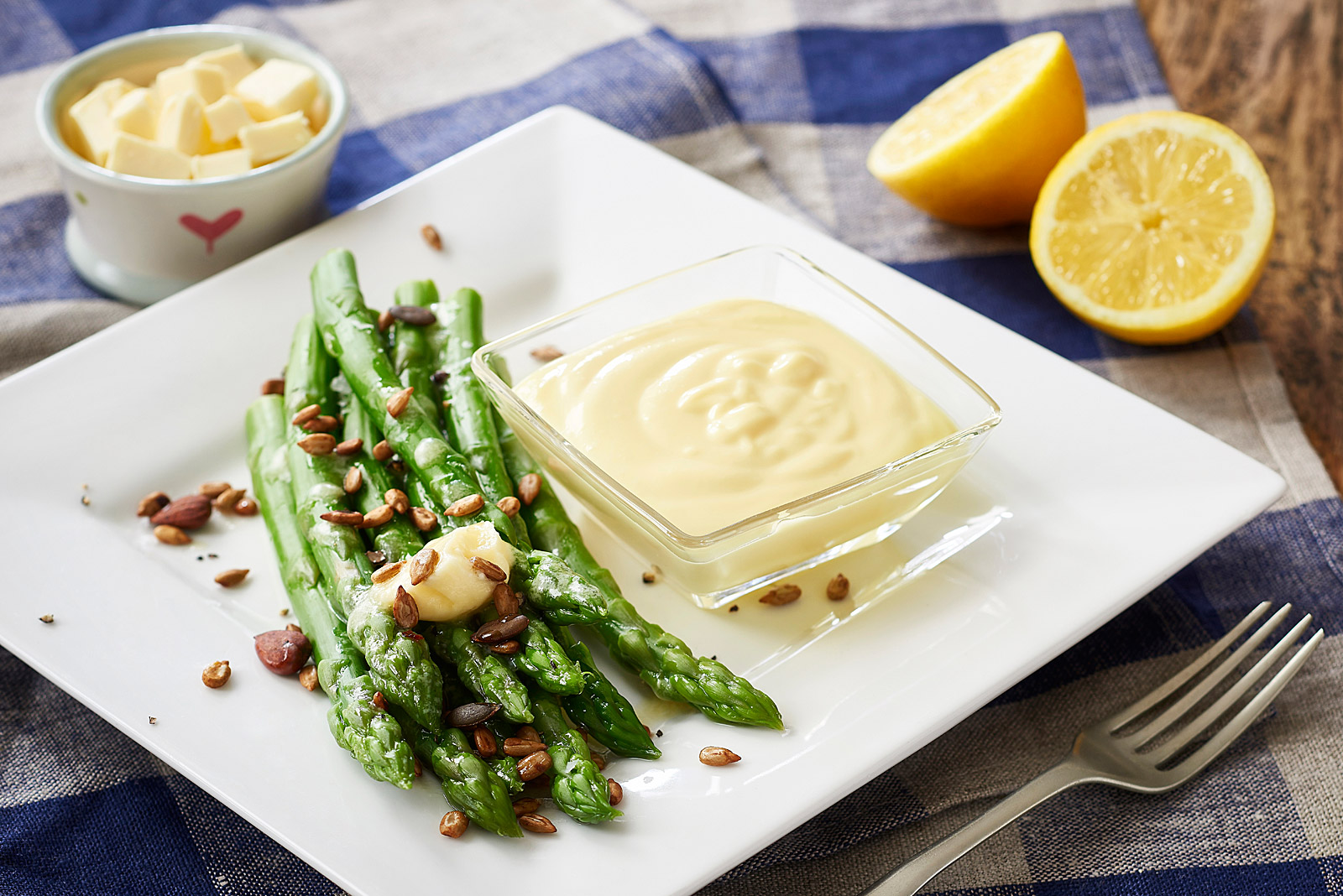 Munchy Seeds asparagus with butter