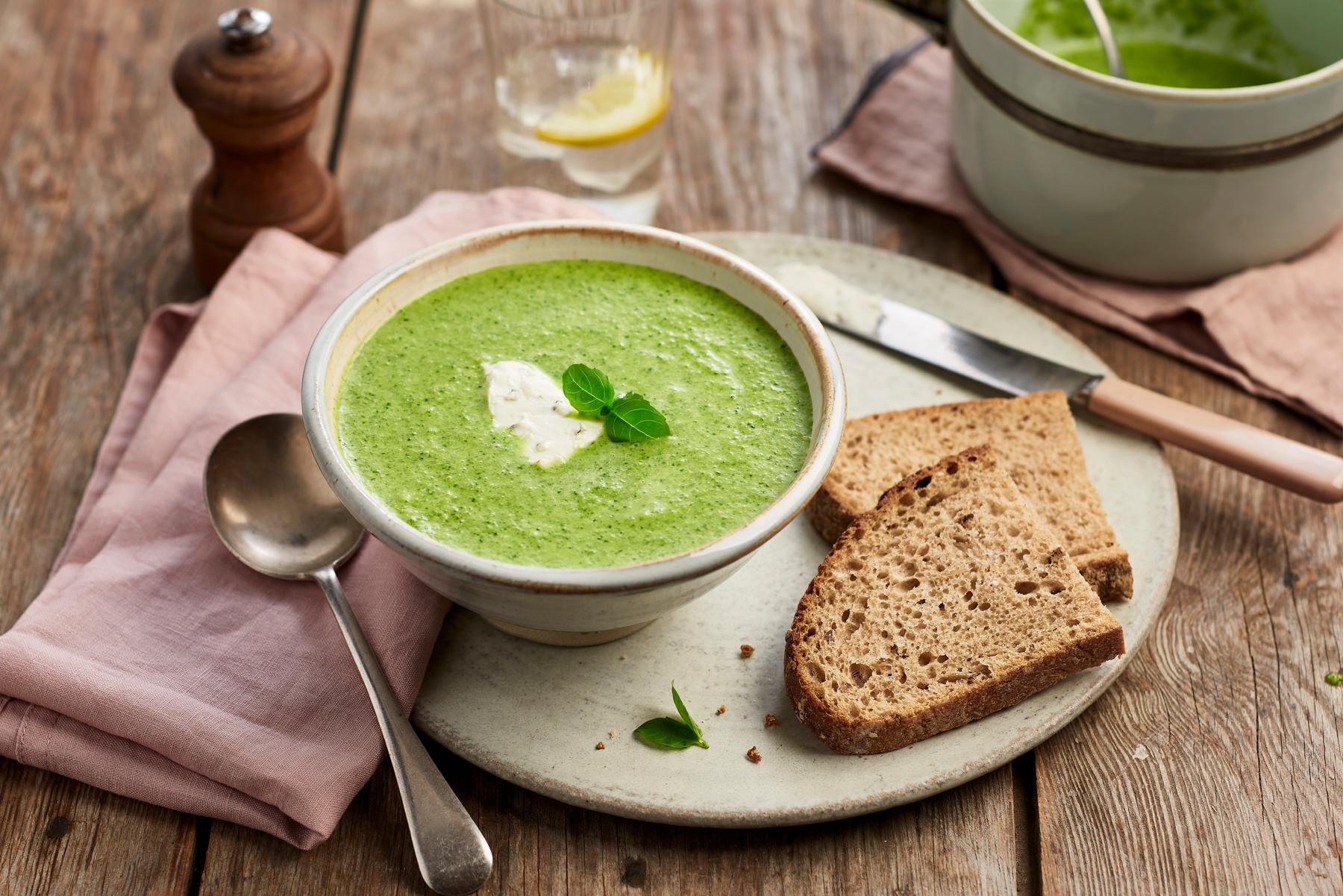 Philadelphia soup dish by CliQQ Studios