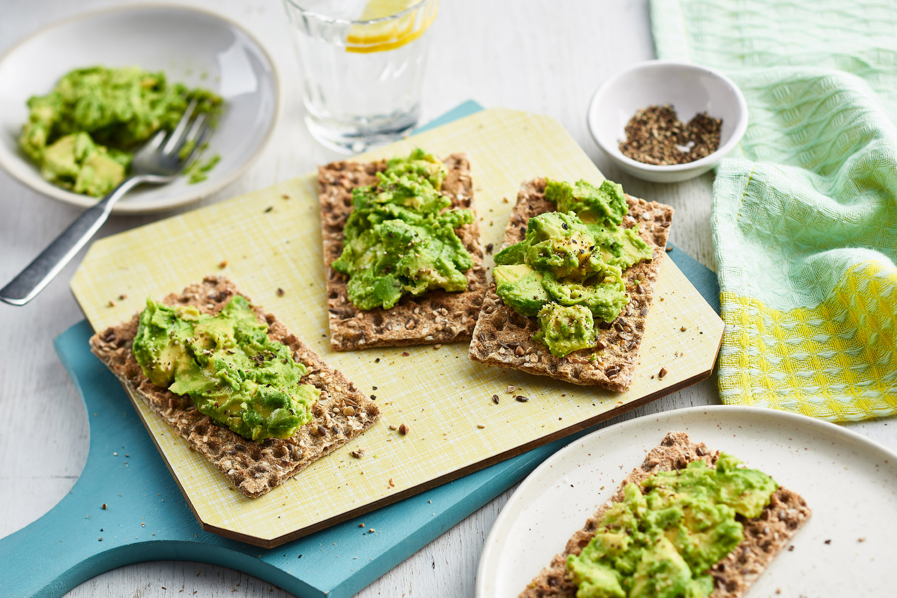 Mashed avocado on Ryvita