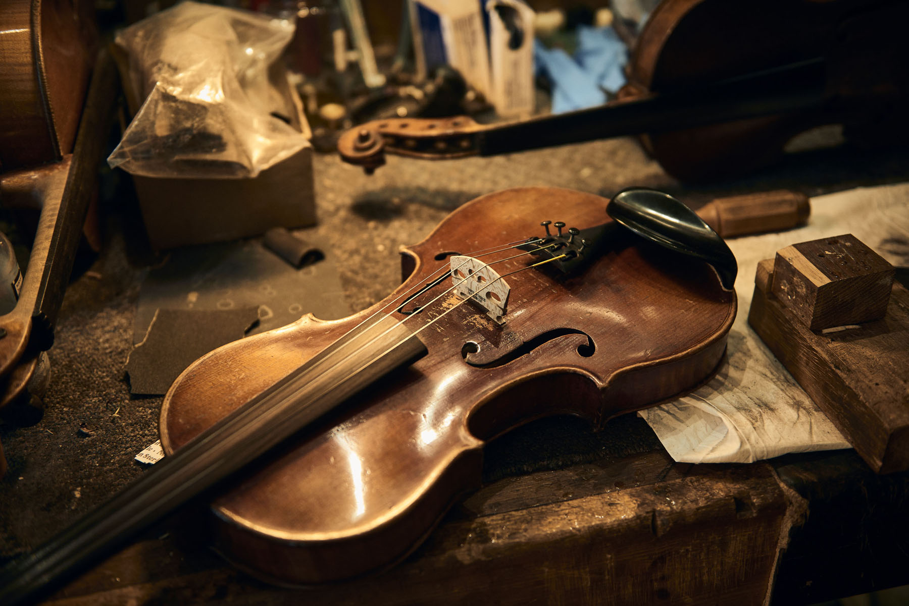 Violin on a worktop under repair