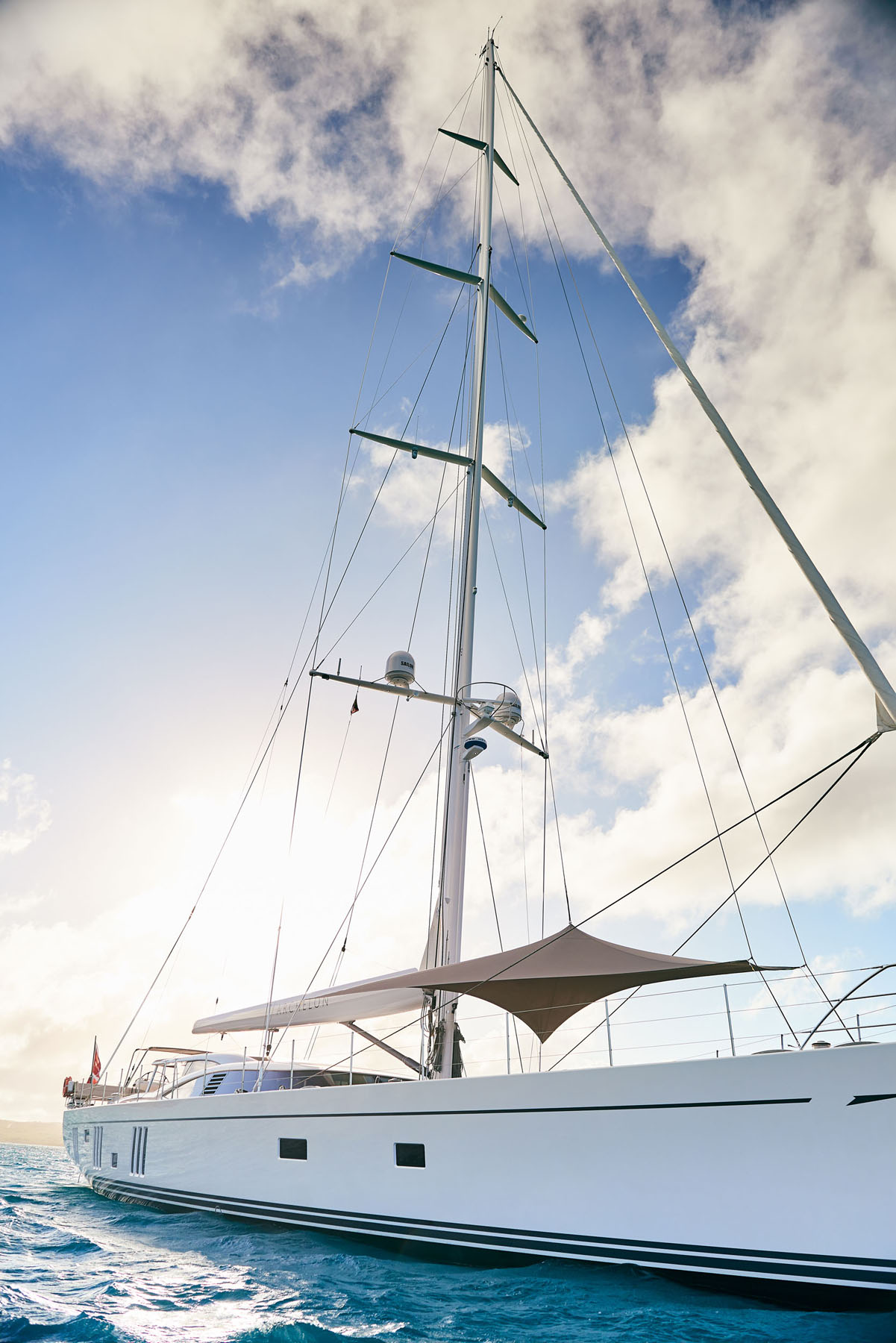 S/Y Archelon exterior shot showing the mast